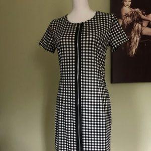 Dress, short sleeves